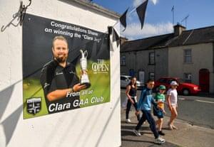 Fans head to Clara GAA club