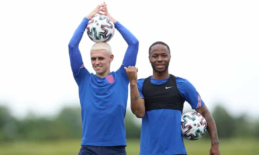 Trying Phil Foden (left) or Raheem Sterling as a false nine could be a good option for Gareth Southgate.