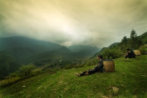 By Nick Board. Black Hmong people take a break in the Muong Hoa valley, in the far north of Vietnam.