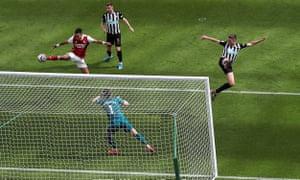 Goal for Arsenal!