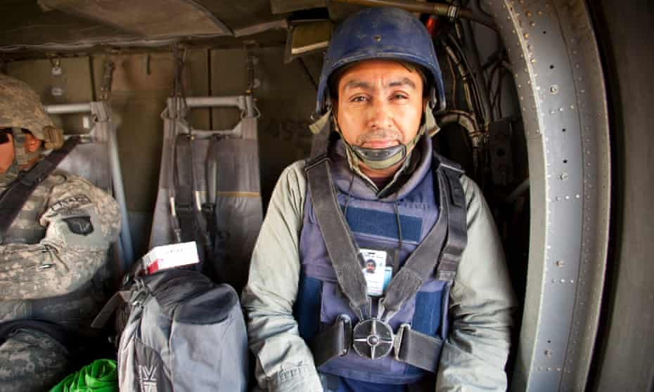 Photo of Antonio Olmos working in Kandahar Province, Afghanistan.