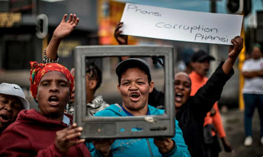 Protesters against corruption in Johannesburg last week.