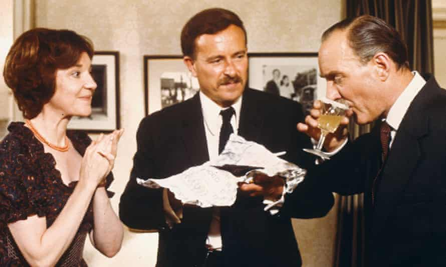 Alec McCowen, centre, as Chief Inspector Oxford in Hitchcock's 1972 film Frenzy.