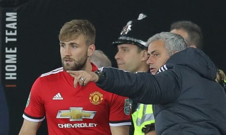 Shaw may play long game despite his perplexing treatment by Mourinho   Jamie Jackson