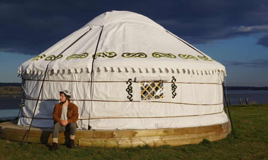 Glamping on the Banks of the Exe Estuary, by TurfLock Hotel.
