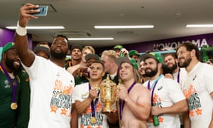 Siya Kolisi and his South Africa teammates celebrate with a selfie in the changing room.