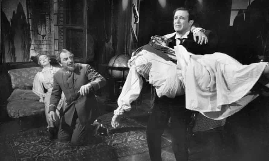 Trader Faulkner holding Beatrix Lehmann in the play that provided his best West End role, The Waltz of the Toreadors, 1956, with, from left, Brenda Bruce and Hugh Griffith