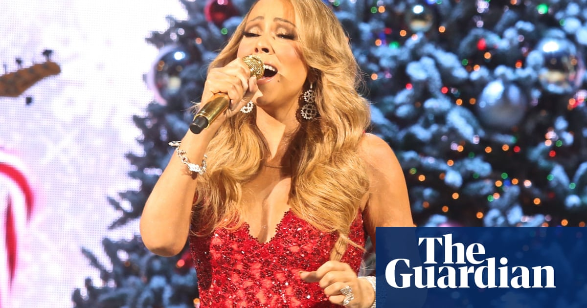 Streaming Christmas Music.All Mariah Carey Wants For Christmas Is A Festive