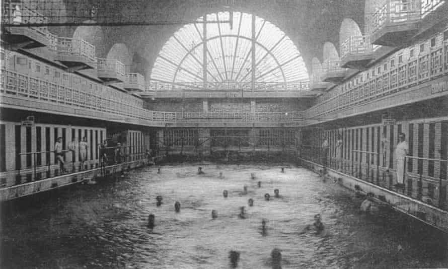 The baths in 1932, the year they opened.
