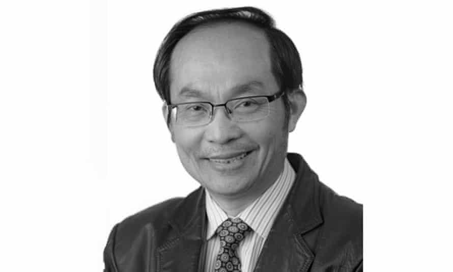 Associate Professor Chongyi Feng from the University of Technology Sydney.