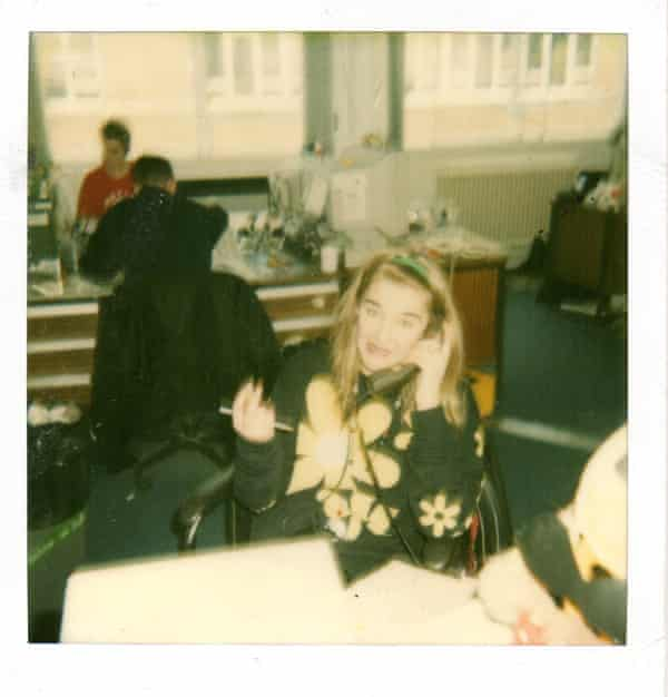 Patterson in the Smash Hits office in the late 80s.