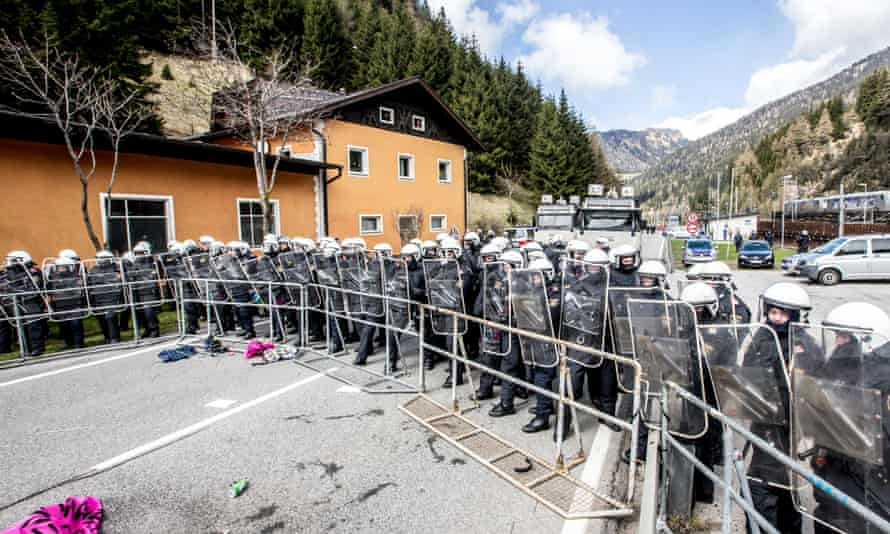 Riot police clashed with protesters during a rally against the Austrian government's planned reintroduction of border controls at the Brenner Pass last year.