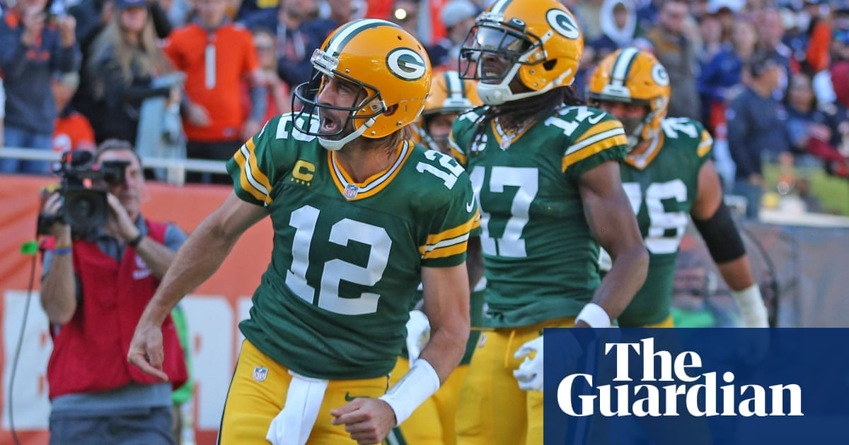 'I own you': Rodgers mocks Bears fans as Packers continue domination of Chicago