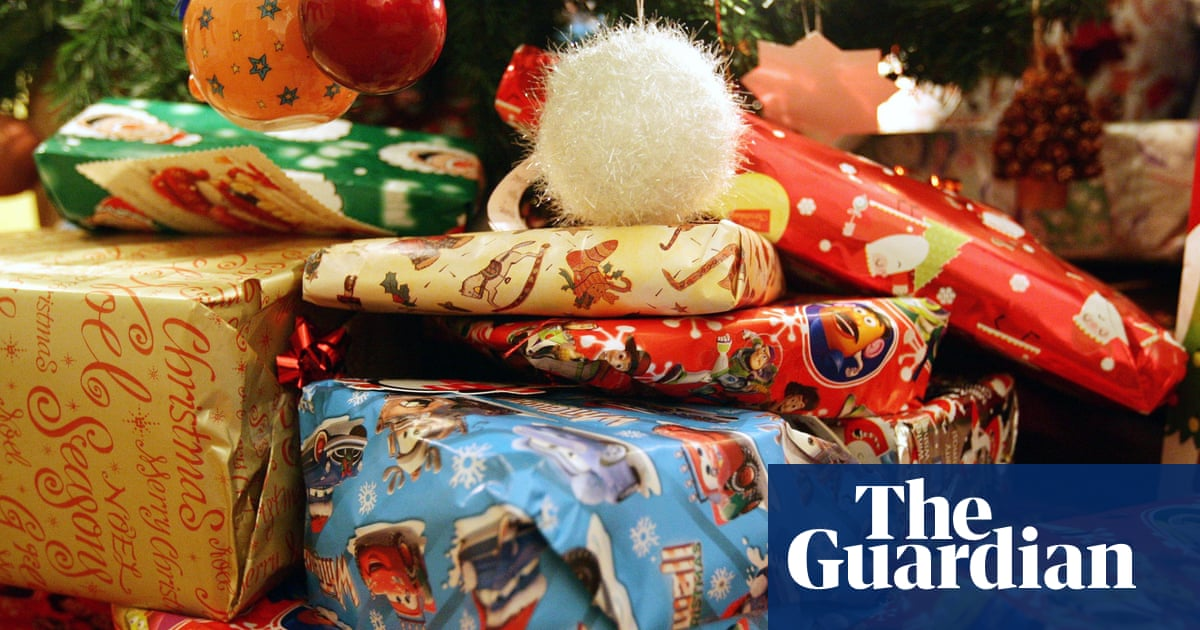Christmas Gifts Does Your Family Splurge Or Go For Zero Waste