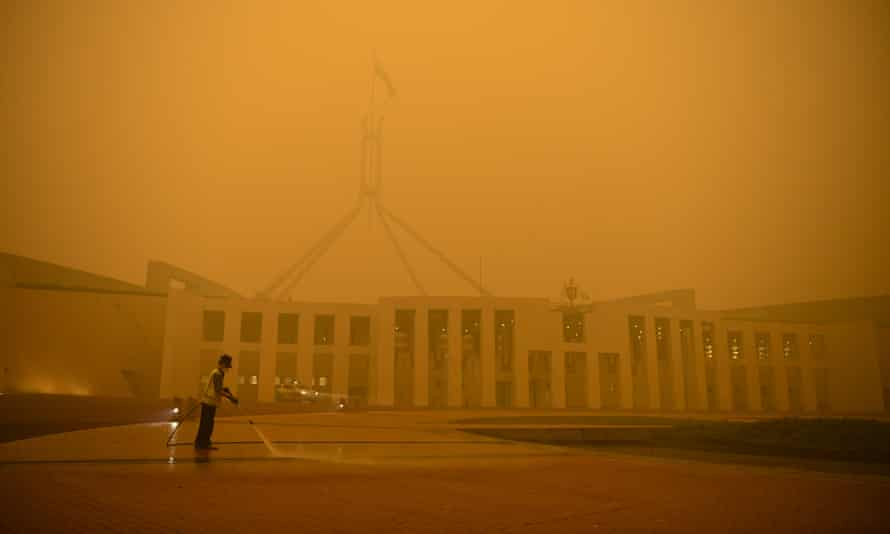 Parliament House in Canberra surrounded by smoke haze early morning in Canberra, 5 January 2020
