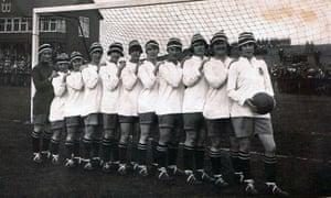 When Football Banned Women ... the Dick Kerr International ladies 1920-1921.
