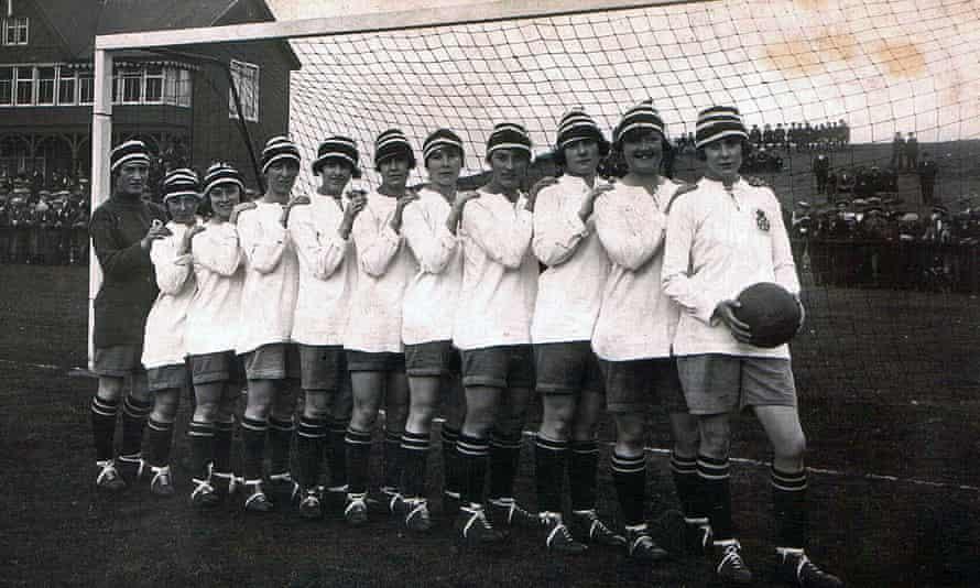 Dick, Kerr Ladies FC (1920-1921)