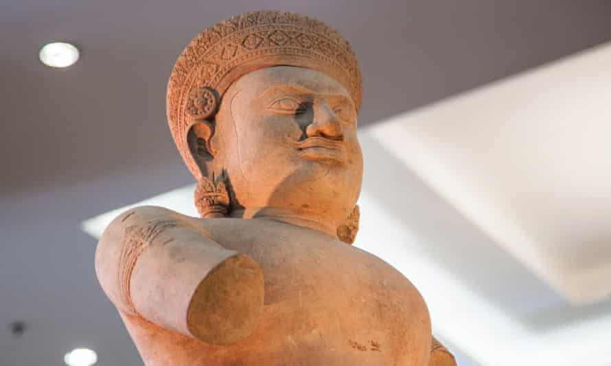 The Duryodhana statue