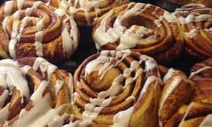 Cinnamon buns at Braeburn Lodge