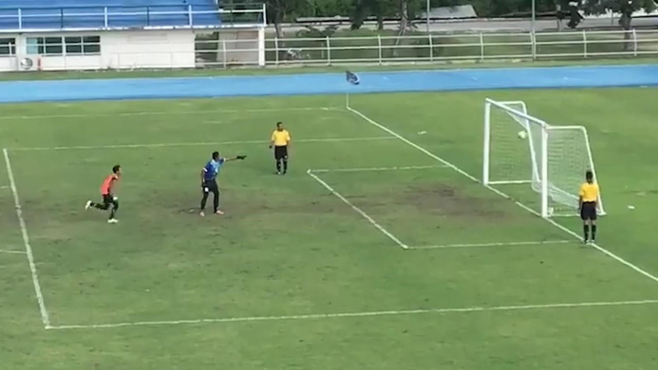Goalkeeper celebrates prematurely before penalty spins back into goal –  video