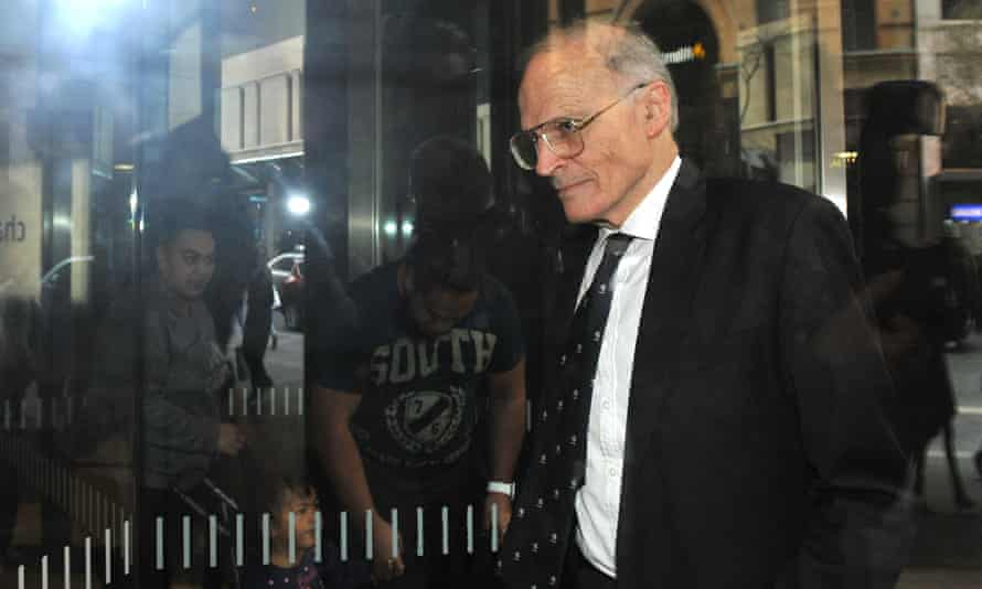 Former High Court judge Dyson Heydon, commissioner for the Royal Commission into Trade Union Governance and Corruption, leaves the Royal Commission offices in Sydney, Friday, Aug. 21, 2015. (AAP Image/Joel Carrett) NO ARCHIVING