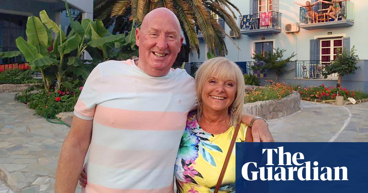 Egypt hotel deaths: UK couple's room had unusual stench - official