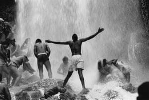 Seau d'Eau, Haiti Pilgrims bathe