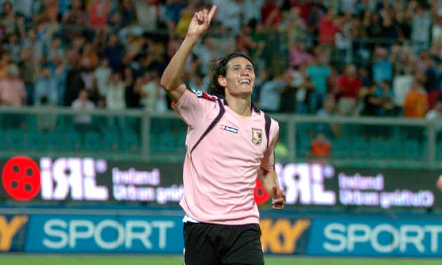 Edinson Cavani in Palermo pink.