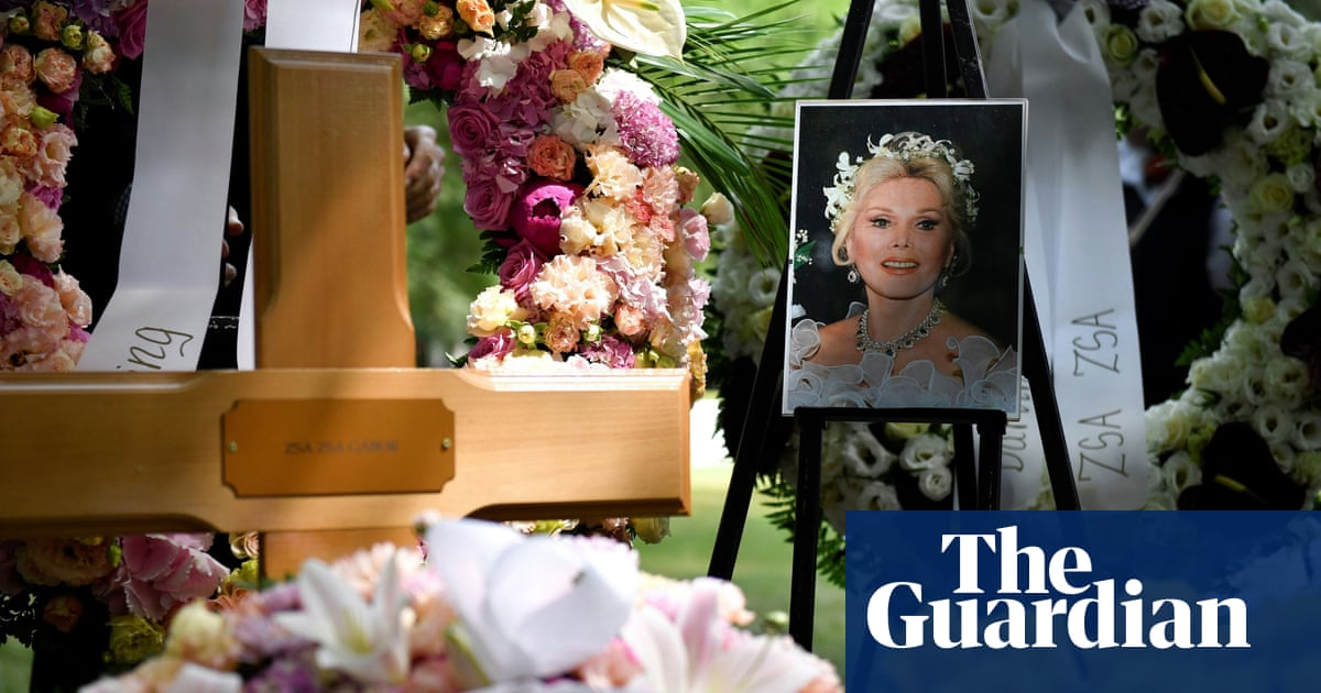 Zsa Zsa Gabor's ashes buried after flight with caviar and champagne