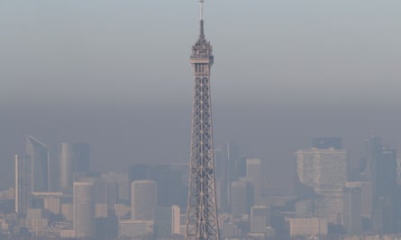 Grey Paris: the Eiffel Tower in the smog.