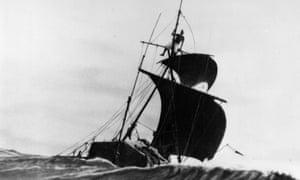 The expedition of Norwegian anthropologist Thor Heyerdahl travelling across the Pacific on the balsa raft Kon Tiki circa 1947.