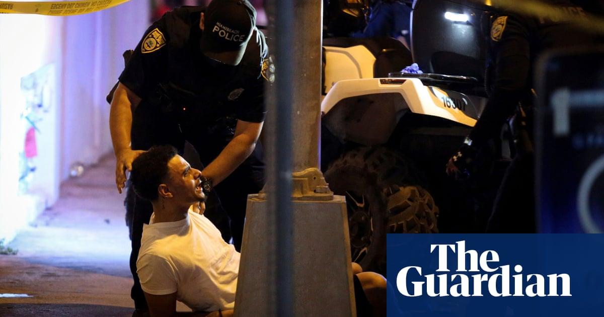 Miami Beach officials impose Covid curfew to curb spring break chaos