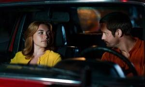 The Little Drummer Girl: Charlie (Florence Pugh) and Becker (Alexander Skarsgård).