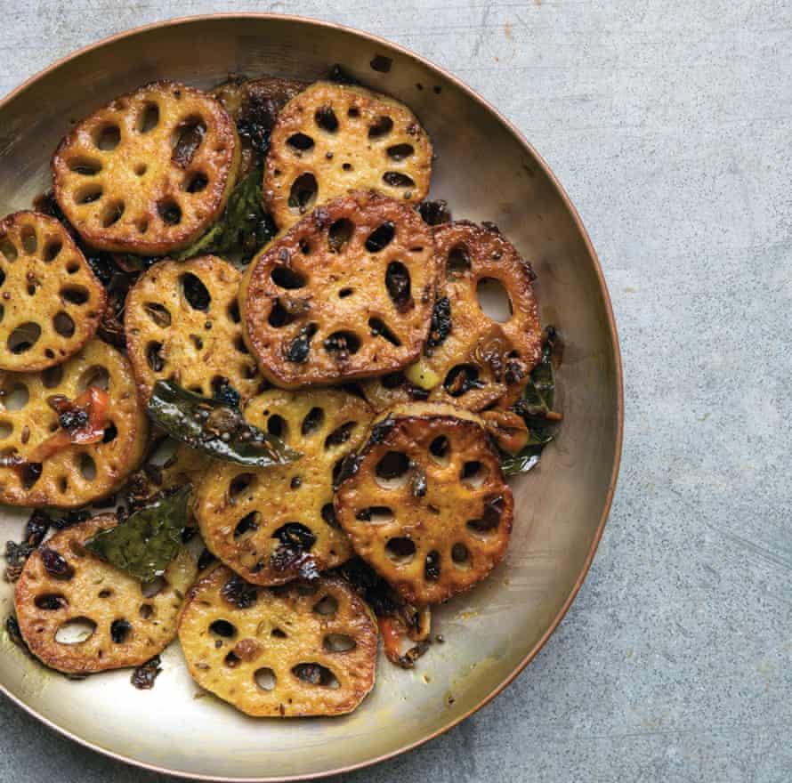 Lotus root stir-fry