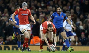 George North picks up the ball