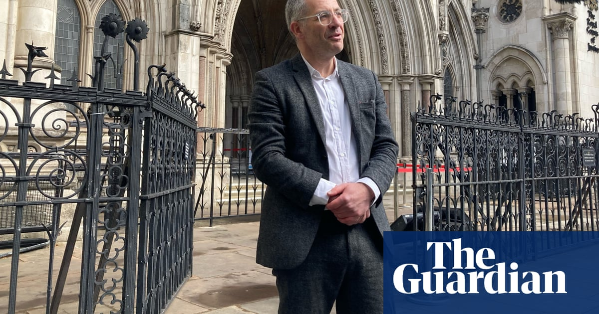 Environment lawyer fined £5k for contempt in Heathrow case