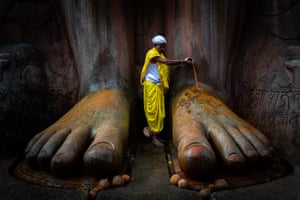 Shortlist - Shravanabelagola Temple, by Vinod Kumar Kulkarni