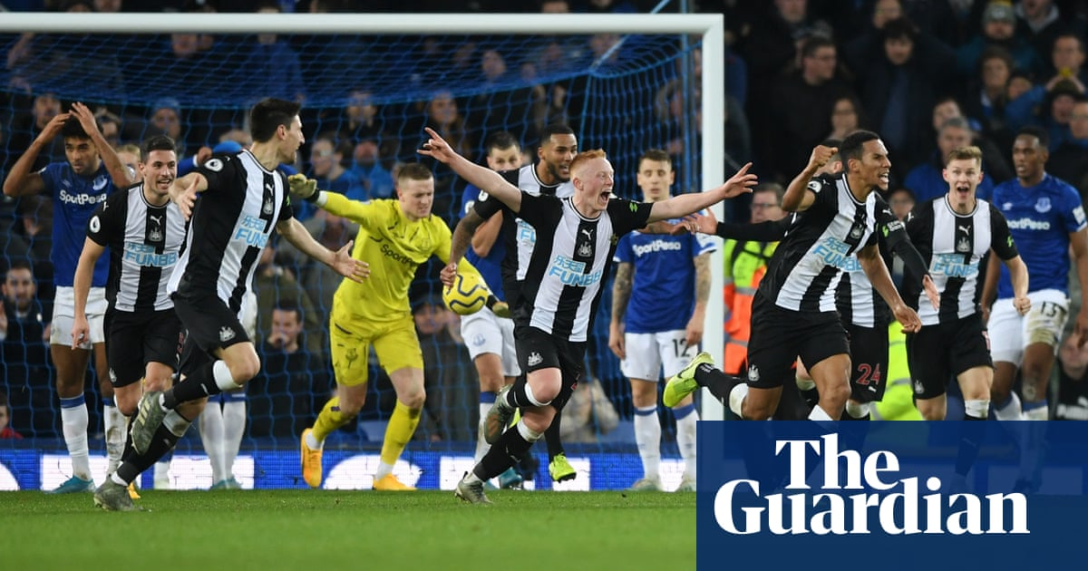 Newcastle's Florian Lejeune strikes twice to grab dramatic draw at Everton