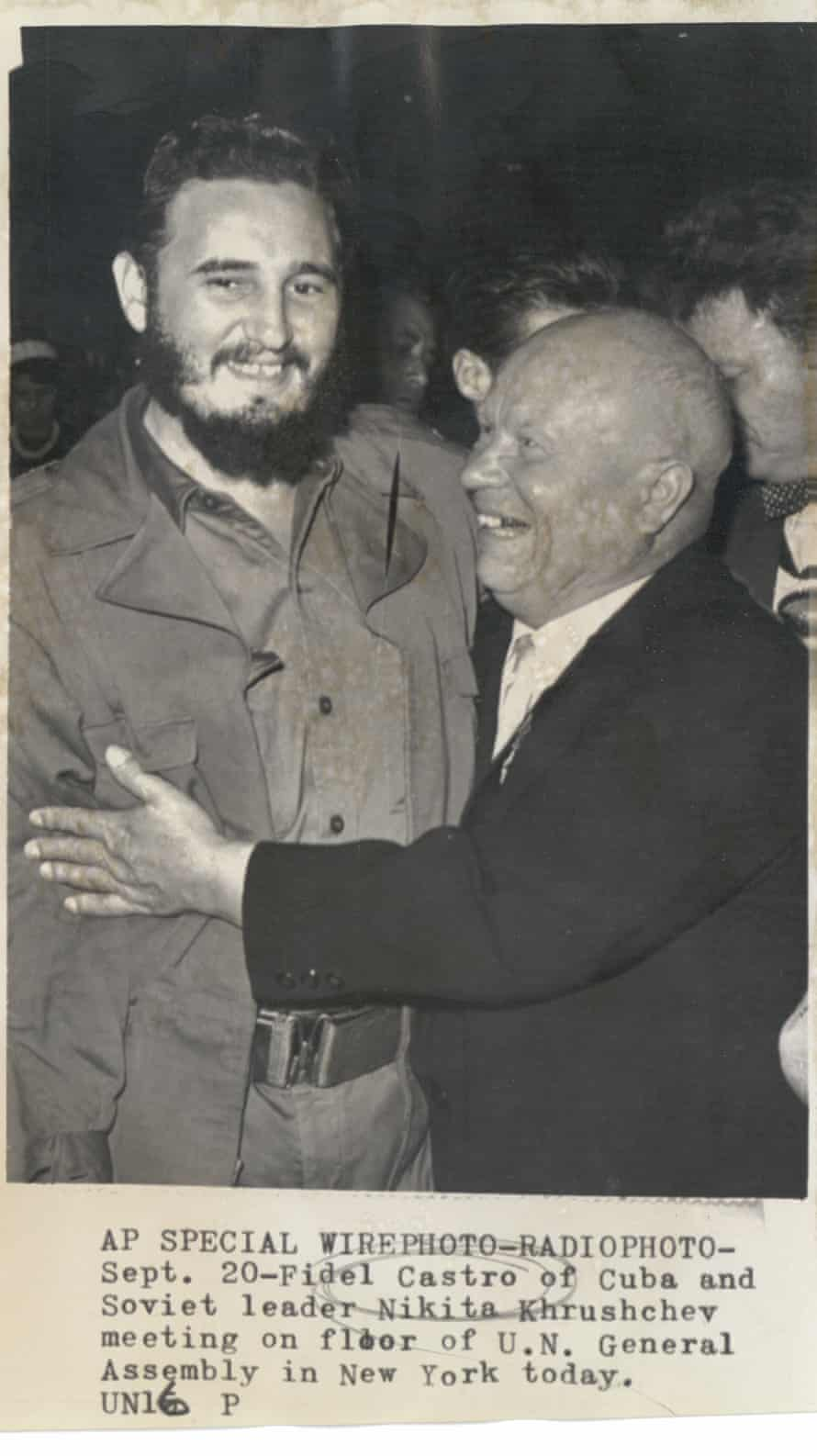 Fidel Castro and Nikita Khrushchev meeting at UN General Assembly, 1960