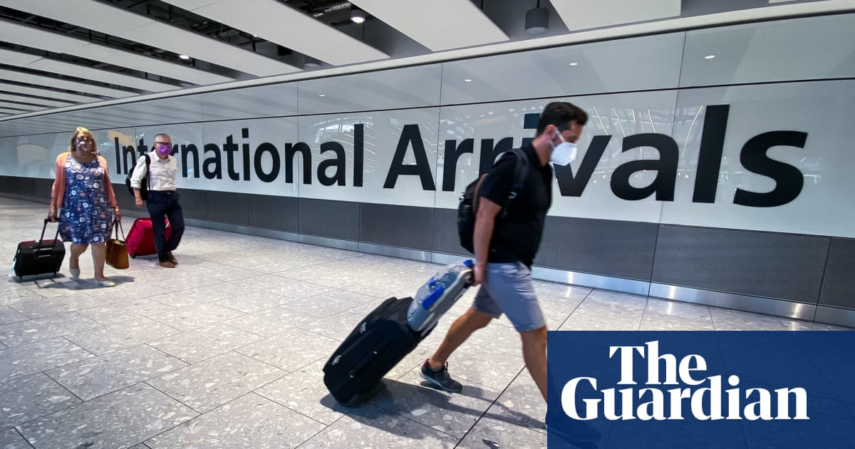 Britons face four-hour passport queues this summer, warns Border Force worker