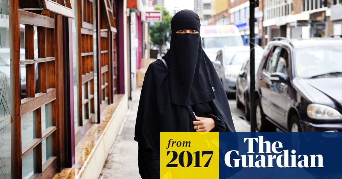 d4bfc06c1ae Muslim mother takes legal action against school over face veil ban ...