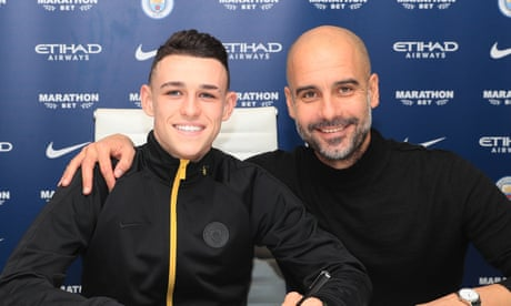 Manchester City midfielder Phil Foden agrees contract extension to 2024
