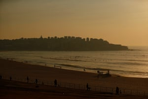 Smoke covers Bondi beach