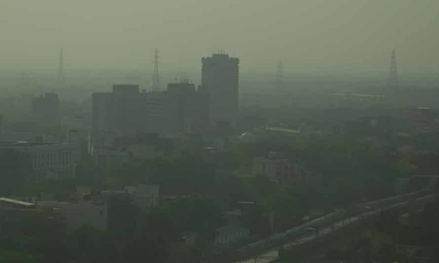 New Delhi di India pada Mei 2021 di tengah kondisi kabut asap
