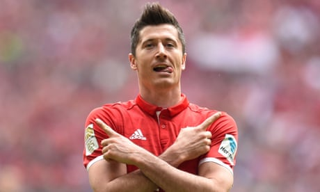 Football transfer rumours: Chelsea in for Bayern Munich's Robert Lewandowski?
