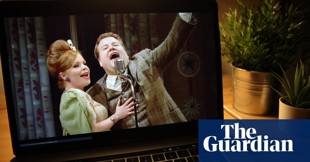 50% of UK theatres streaming shows online during Covid revert to in-person only