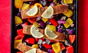 Pinch Of Nom Moroccan Salmon Tray Bake