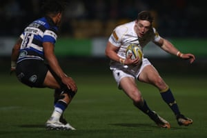 Worcester's Josh Adams faces up to Anthony Watson of Bath during the Premiership match.