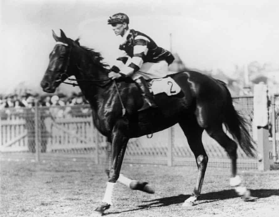 Phar Lap, ridden by jockey Jim Pike at the AJC Derby in Randwick in 1929.