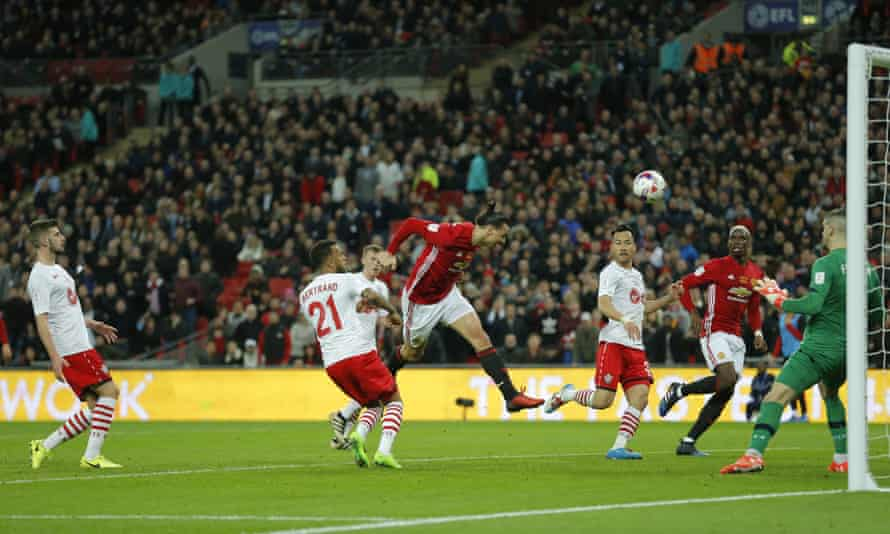Zlatan Ibrahimovic scores his second goal to make it 3-2 to Manchester United against Southampton at Wembley.